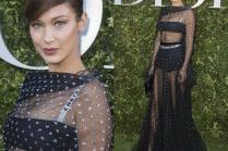 Bella Hadid w staniku i majtkach na imprezie Diora