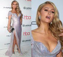 Paris Hilton wypina biust w srebrnych cekinach