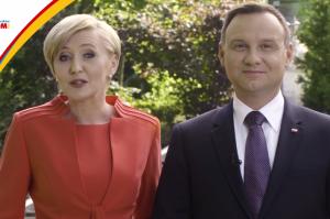 Andrzej i Agata Duda zapraszają na Światowe Dni Młodzieży po polsku, angielsku i niemiecku!