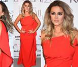 Odchudzona Karolina Szostak pozuje w czerwonej sukience (ZDJĘCIA)