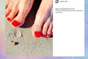 Agata Młynarska też pokazuje stopy