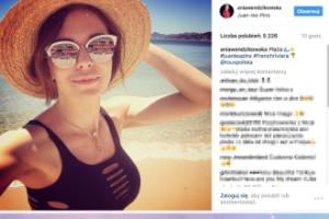 DUŻE usta Anny Wendzikowskiej pozdrawiają z Francji