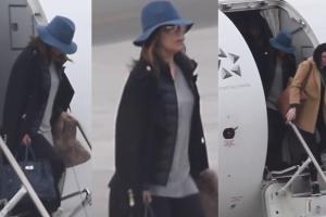 Eva Longoria wysiada z samolotu w Poznaniu