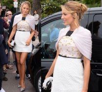 Blake Lively pokazuje nogi w Cannes