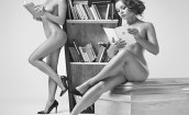 Nagie modelki znów promują polskie trumny (GALERIA)