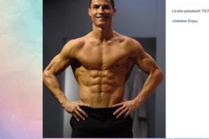 Cristiano Ronaldo chwali się ciałem