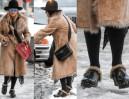 Monika Olejnik chodzi po śniegu w... futrzanych chodakach Gucci (ZDJĘCIA)