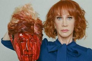 """Aktorka, która pozowała z obciętą głową Donalda Trumpa: """"Prezydent chce zniszczyć moje życie! Otrzymuję GROŹBY ŚMIERCI!"""""""