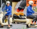 Tomek Kammel jeździ skuterem (ZDJĘCIA)
